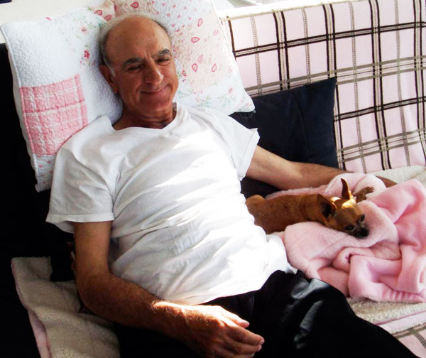armando alterio and his chihuahua
